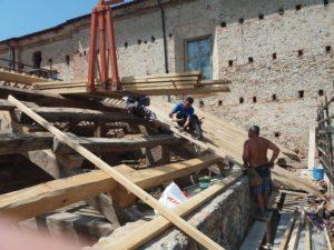 Immagini dei restauri del tetto